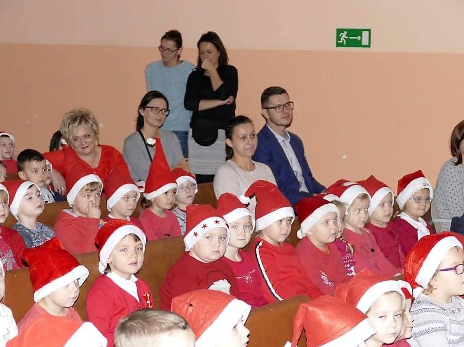 Mikołajkowa, kulturalna niespodzianka dla dzieci w Gminnym Ośrodku Kultury w Lipce