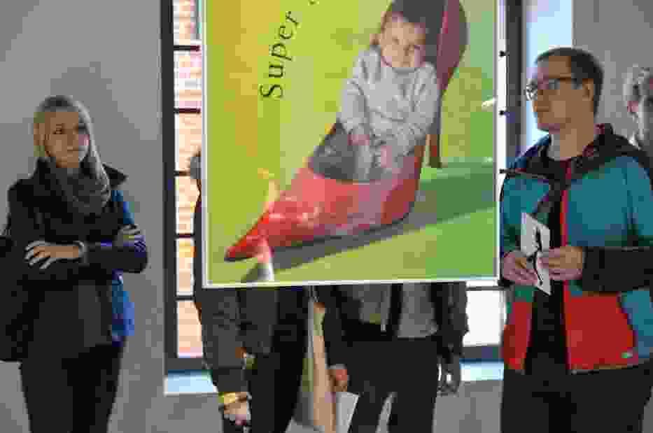 """""""Plakaty i obiekty"""" w Centralnym Muzeum Włókiennictwa - wystawa będzie czynna do 20 lutego przyszłego roku"""