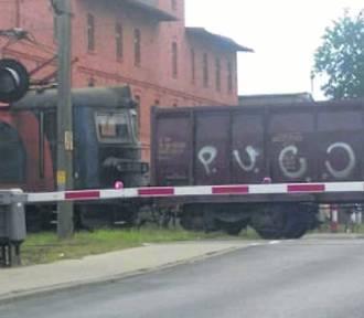 Nie ma zgody gmin na likwidację 12 przejazdów kolejowych!