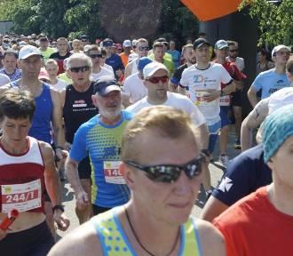 Charytatywne bieganie w Szczecinie. Pobiegnij i pomóż chorym uczennicom ze Szczecina!