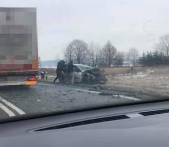 Wypadek na DK8 na Wolanach. Jedna osoba nie żyje! [ZDJĘCIA]
