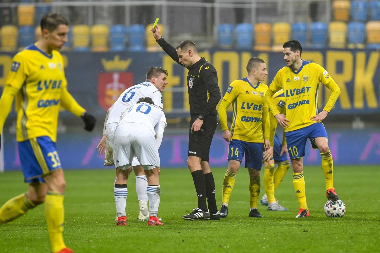 Piłkarze Arki Gdynia, podobnie, jak innych klubów, jeszcze w tym miesiącu mają wznowić zawieszone rozgrywki w PKO BP Ekstraklasie