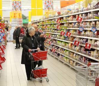 Jak wzrosły ceny rok do roku według GUS? Warzywa i owoce coraz droższe  [ranking]