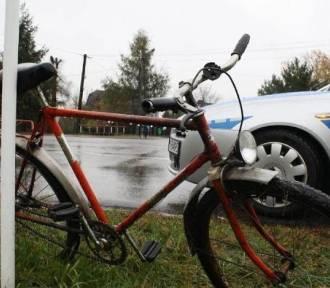 Żory: pijany rowerzysta spowodował kolizję. 53-latek wjechał w samochód i uciekł