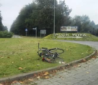 Wypadek na rondzie wjazdowym do Pucka: rowerzystka trafiła do szpitala