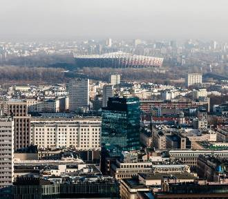 Niebezpieczne miejsca w Warszawie. Gdzie piją, biją i kradną? Te osiedla omijaj szerokim łukiem
