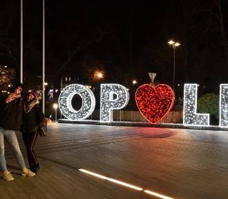 Opole w świątecznej oprawie wygląda czarująco [ZDJĘCIA]