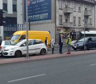 Wypadek na Grudziądzkiej. Zderzyły się trzy auta! ZDJĘCIA