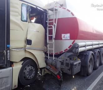 Zderzenie trzech ciężarek w Tarnowskich Górach [ZDJĘCIA]