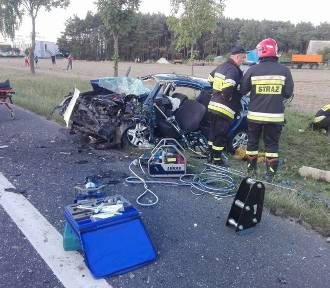 Wypadek w Budzyniu. Bus zderzył się z samochodem osobowym, 4 osoby zostały ranne