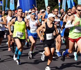 30. Międzynarodowy Półmaraton Signify Piła [ZDJĘCIA cz. 1]
