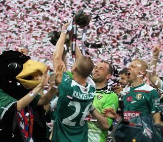 ŚLĄSK MISTRZEM POLSKI. 8 lat temu wrocławscy kibice oszaleli z radości! [GALERIA ZDJĘĆ]