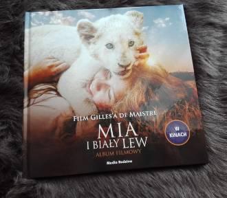 """Film """"Mia i biały lew"""" wszedł do kin. Media Rodzina wydała jego książkowe adaptacje"""
