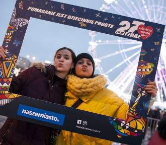 WOŚP Warszawa 2019. Warszawiacy w naszym obiektywie podczas 27. finału. [ZDJĘCIA ramka naszemiasto.pl]