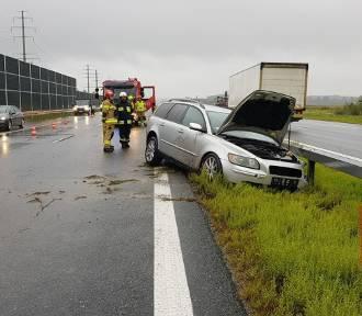 Kłopoty kierowców na A4. Dwa wypadki w rejonie Brzeska, jeden pod Tarnowem