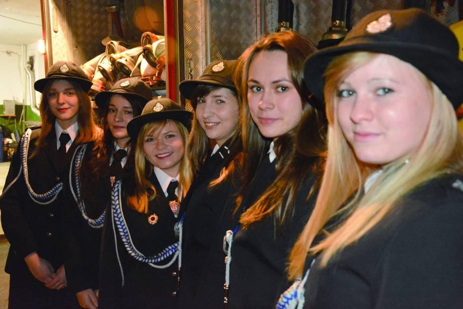 Ni tylko pięknie prezentujące się w mundurach, ale także wykwalifikowane członkinie OSP Libiąż
