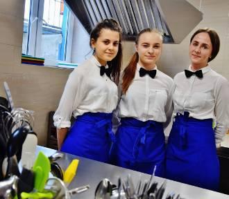 ZSP 2 Sieradz: nowa pracownia gastronomiczna i umowa z mleczarnią fot