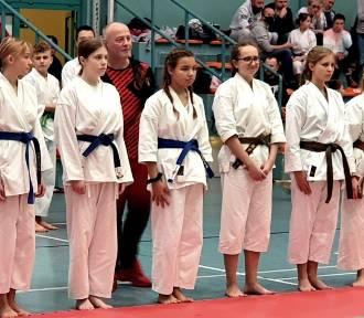 Mnóstwo medali zielonogórskich karateków