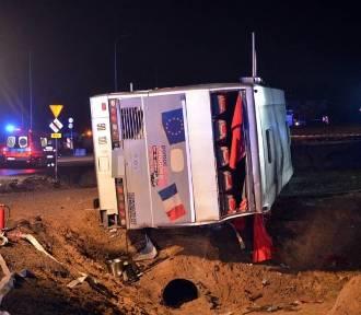 17 osób rannych, dwie nie żyją. Wypadek autobusu na S3