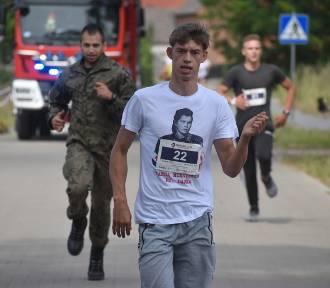 Bieg Tropem Wilczym ponownie odbył się w Chlebowie. Biegli starsi i młodsi (ZDJĘCIA)