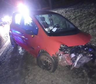 Groźny wypadek. Trzy osoby ranne na DK3 [ZDJĘCIA]