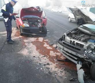 Wypadek w Czerwionce. Czołowe zderzenie na 3 Maja [ZDJĘCIA]