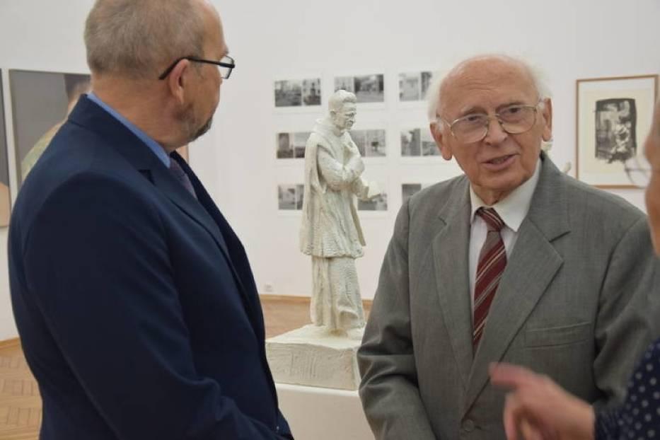 Prezentacja zwycięskiego projektu pomnika księdza Kazimierza Michalskiego autorstwa Karola Badyny z Krakowa