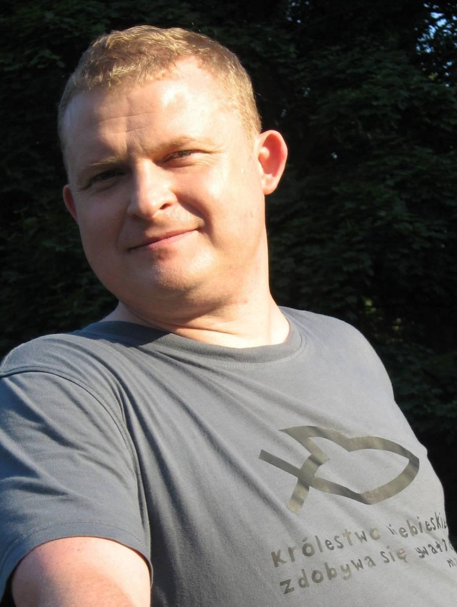 Tomasz Piątek, polski dziennikarz i pisarz