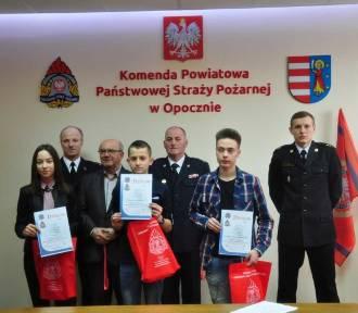 """Znamy laureatów konkursu """"Młodzież zapobiega pożarom"""" (FOTO)"""