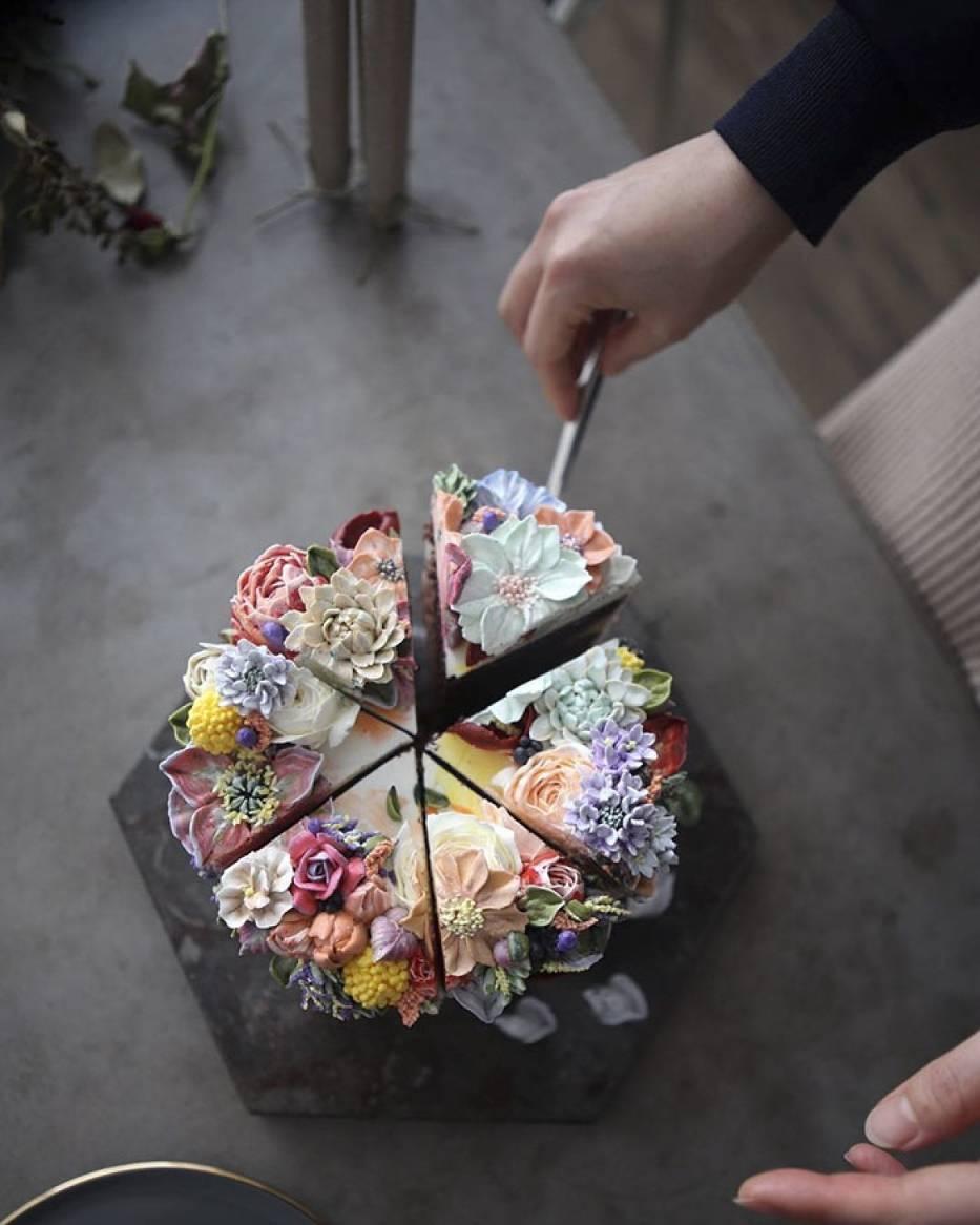Te ciasta wyglądają zbyt pięknie, aby je zjeść! To małe dzieła sztuki