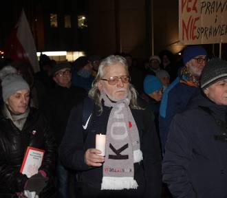 Protest przed Sądem Okręgowym w Katowicach ZDJĘCIA