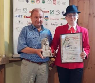 Łukasz Piątek  zdobył I nagrodę i Góralską Spinką