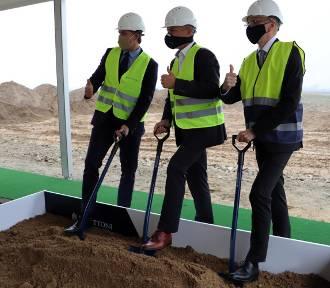 Kalisz: Firma Panattoni rozpoczyna budowę fabryki przy ulicy Rozwojowej. ZDJĘCIA