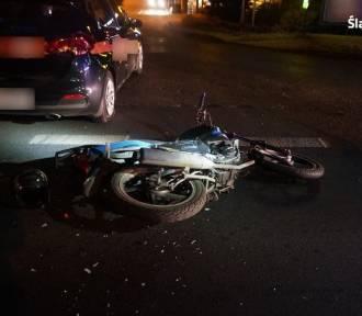 Tarnowskie Góry: Kierowca osobówki zderzył się z motorowerzystą