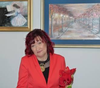 Malarstwo Ewy Wiśniewskiej-Klimczak w zduńskowolskiej bibliotece [zdjęcia i video]
