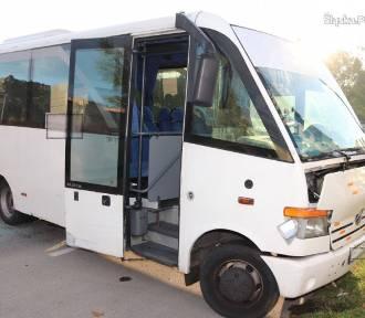 Sosnowiec: Kradzionym autobusem jeździł po parkingu centrum handlowego
