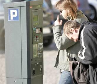 Wrocław. Będzie większa strefa płatnego parkowania. Zobacz, jak gigantycznie się powiększy!