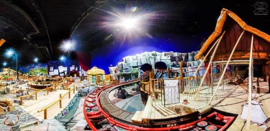 Największy w Polsce park rozrywki prawie ukończony. Zajrzeliśmy do środka przed otwarciem [ZDJĘCIA]