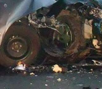 Wypadek w Makowie na Raciborskiej. Kia wjechała w golfa