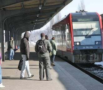 W regionie znika kilkadziesiąt połączeń pociągów. Mamy listę likwidowanych!