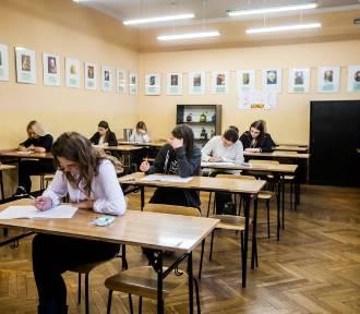 Matura Próbna Operon 2018: j. angielski podstawowy, rozszerzony (Arkusz, Odpowiedzi)