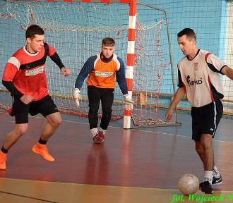 Wyniki 5. i 6. kolejki IX edycji Choceńskiej Ligi Futsalu [zdjęcia]