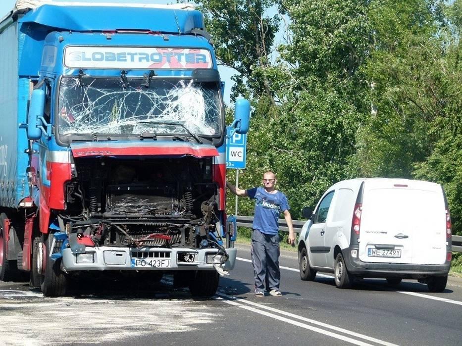 Do wypadku doszło w piątek o godzinie 4