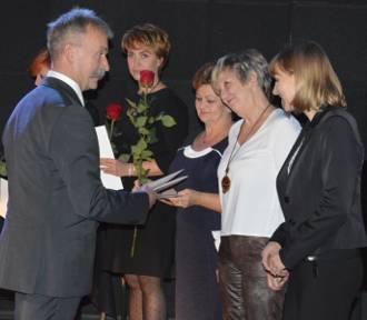 Kto dostanie nagrodę burmistrza Łowicza w wysokości 3 tys. zł na Dzień Nauczyciela? [ZDJĘCIA]