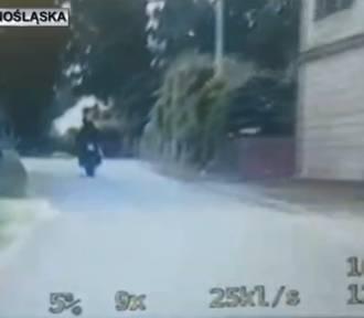 Pędził motocyklem prawie 150 km/h w terenie zabudowanym i nie miał uprawnień