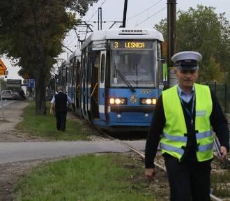 Pożar tramwaju jadącego do Leśnicy [UTRUDNIENIA]