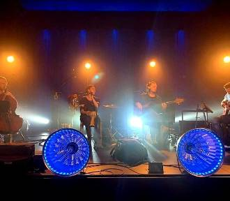 Na fanpage'u CKiB w Opalenicy trwa koncert Przemyk Akustik Kwartet! Zapraszamy