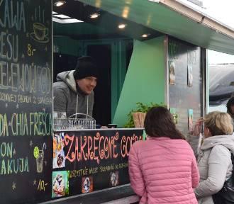 Food trucki opanowały Skwer Kościuszki ZDJĘCIA