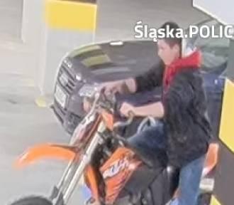Próbował ukraść motocykl z parkingu przy ulicy Jastrzębiej. Szuka go policja