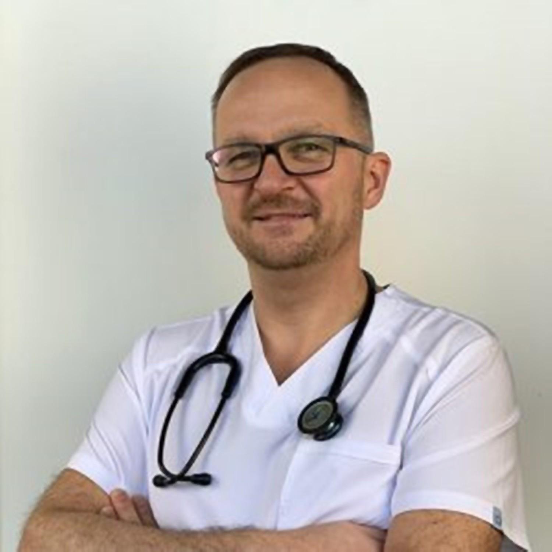 Dr Arkadiusz Brodowski